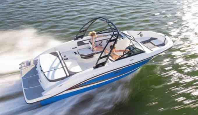 2018 Sea Ray SPX 210 OB Review, 2018 sea ray spx 210 ob price, 2018 sea ray spx 210 price, 2018 sea ray spx 210 review, 2018 sea ray spx 210 for sale, 2018 sea ray spx 210 outboard, 2018 sea ray spx 210 specs,